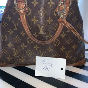 Authentic Vintage Louis Vuitton Alma pm